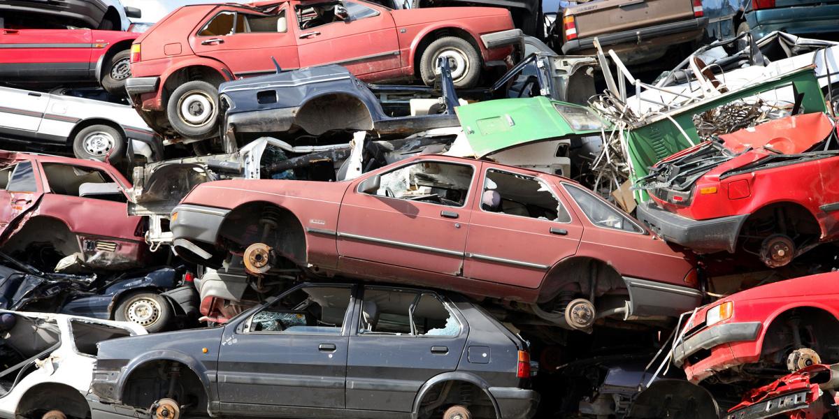 Egyszerűsödik a jogi személyek esetében a klasszikus roncsprogram és a zöld autók vásárlását ösztönző roncsprogram plusz