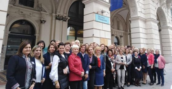 Napéjegyenlőség a nőkért: a Munka és Magánélet Közötti Egyensúly Európai Napjának létrehozását javasolta az RMDSZ Nőszervezete
