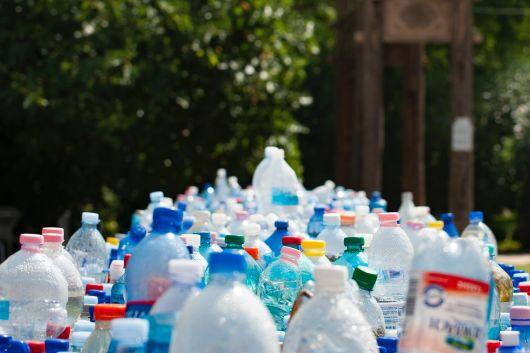 Tánczos Barna: készül az egyszer használatos műanyaghulladék mennyiségének csökkentését szabályozó törvény