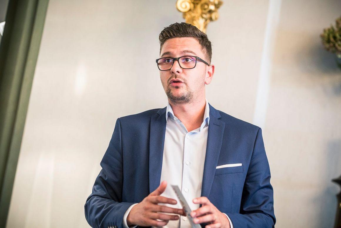 Olteán Csongor államtitkár: megváltoztatnám az ifjúságról való gondolkodást a kormányon belül