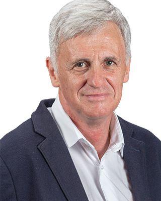 Henning László-János