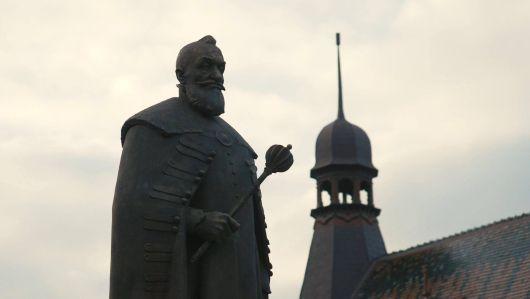 Az erdélyi fejedelem 440. születésnapján rendkívüli körülmények között avattunk szobrot