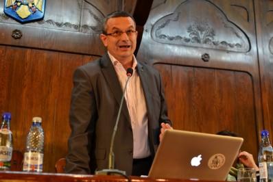 Asztalos Csaba: Az egyenlőség elve fontos az oktatásban