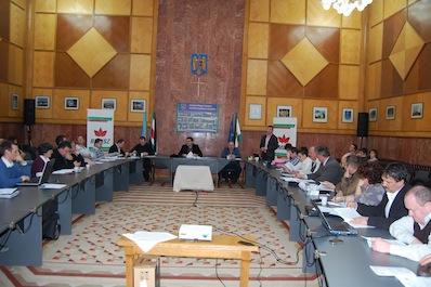 Beszámoltak négy éves tevékenységükről a csíki megyei tanácsosok és a megyei tanács elnöke