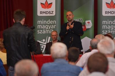 Az iskola közösségi hely, az RMDSZ a magyarság szövetsége kell legyen – Kelemen Hunor Máramarosszigeten