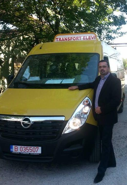 Az RMDSZ közbenjárásra iskolabuszt kapott a peregi önkormányzat